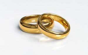 טבעת אירוסין וטבעת נישואין